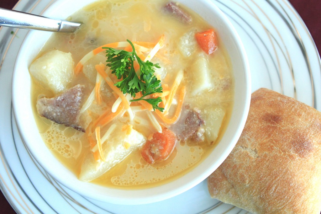 Slow Cooker Ham Bone, Potato & Cheese Soup