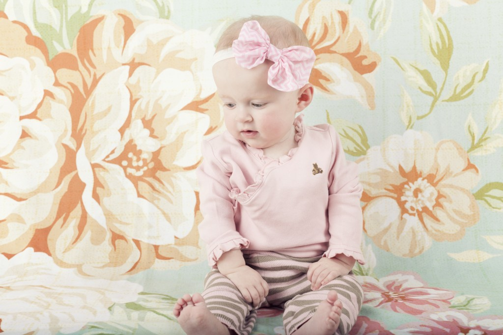 cute-baby-9-month-session